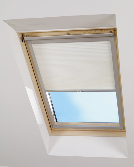Bournemouth blinds blinds shutters and canopies velux for Velux window shades